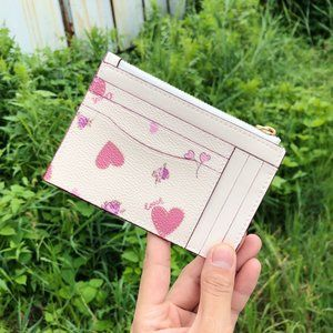 ❀❀Coach❀ Zip Credit Card Case Pink Heart And Flowe